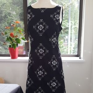 Embroidered Sheath Dress mirror detail sz 10
